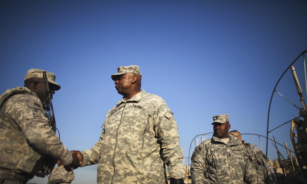 Von Raytheon ins Pentagon: Erster Afroamerikaner als US-Verteidigungsminister