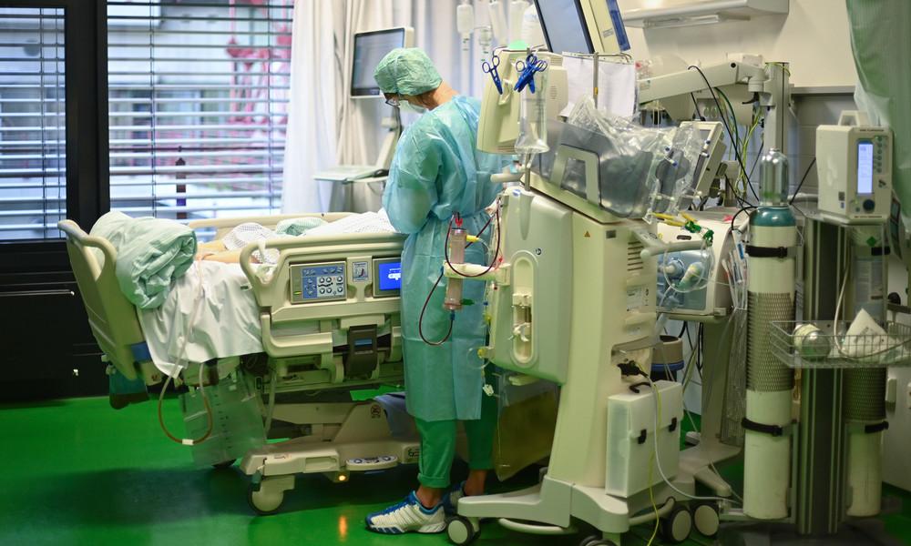 """""""Jahrhundert-Pandemie""""? Kliniken melden weniger Lungenentzündungen und Beatmungsfälle als im Vorjahr"""