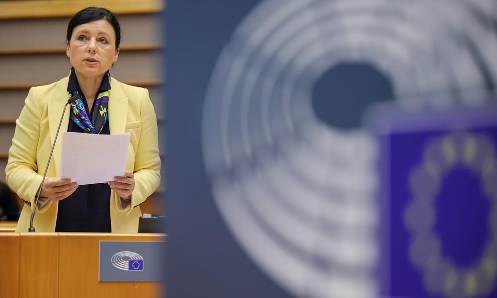 """Der Orwellsche Aktionsplan der EU für noch """"mehr Demokratie"""""""