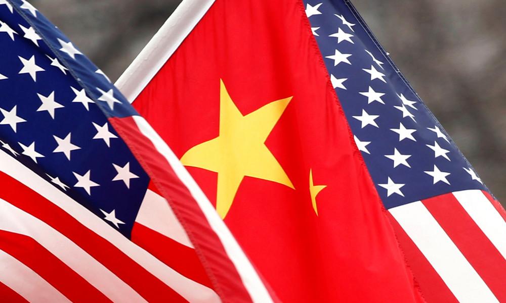 China verhängt Sanktionen gegen US-Beamte und streicht Visumsbefreiungen für Diplomaten