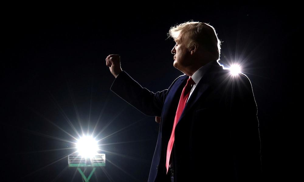 """Und wo bleibt """"der Hitler""""? Eine Glosse zum Trump-Alarmismus der Medienlandschaft"""