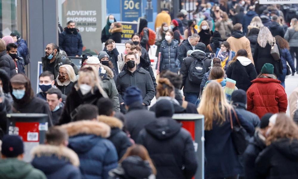 Umfrage: Fast 30 Prozent halten COVID-19-Pandemie für dramatisiert