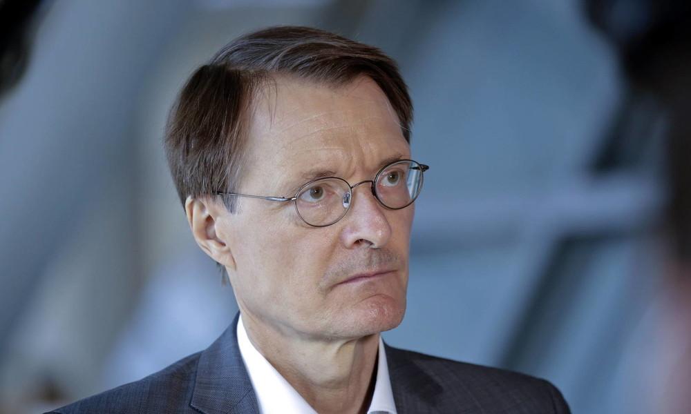 """Impfbereitschaft: Lauterbach irritiert über """"große Zurückhaltung"""" bei medizinischem Personal"""