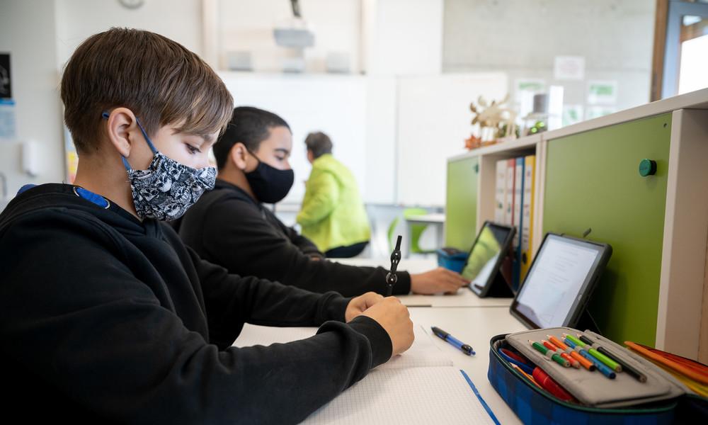 Österreich: Massentests für Schüler und Lehrer vor Rückkehr in die Klassenzimmer im Januar