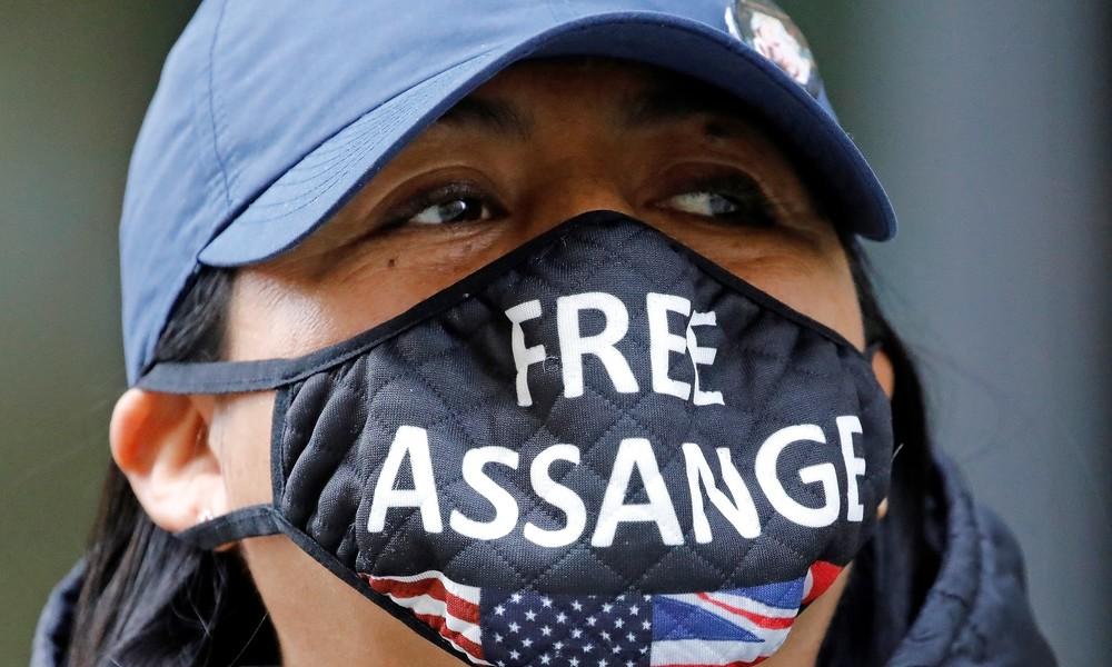 Gerüchteküche: Begnadigt Donald Trump demnächst Julian Assange?