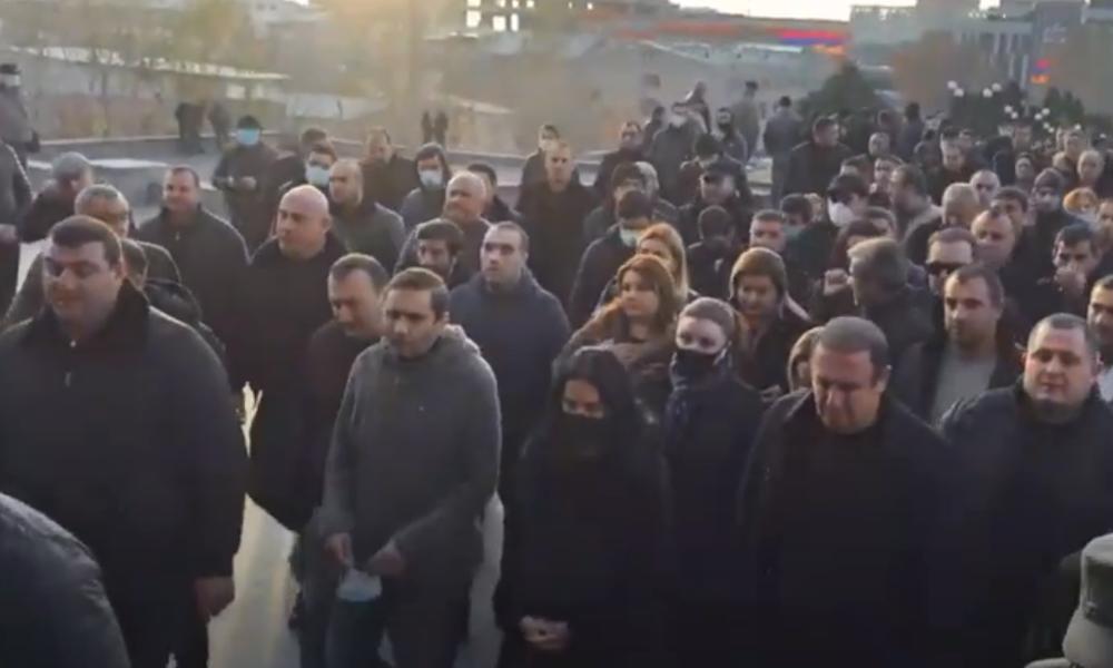 LIVE: Massenproteste in Armenien gehen weiter