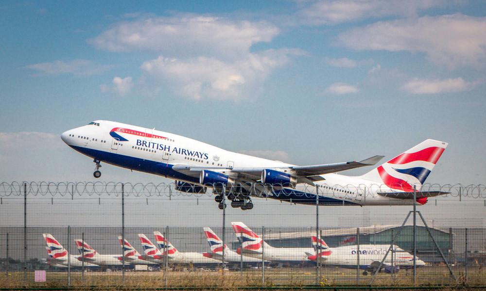 Neue Corona-Mutation: Spahn plant Landeverbot für britische Flieger