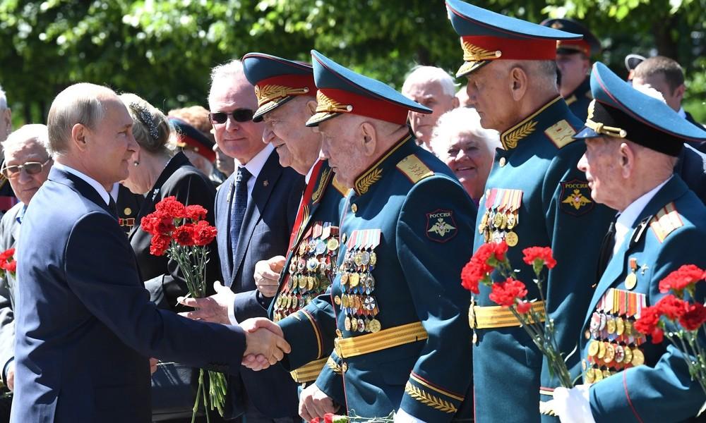 """""""Der Schoß ist fruchtbar noch"""": Spendenaufruf für russische Veteranen gestartet"""