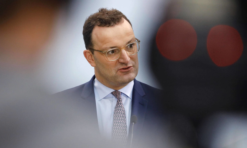Alte Bekannte, ein Spitzenjob und ein Immobiliengeschäft: Gesundheitsminister Spahn in Bedrängnis