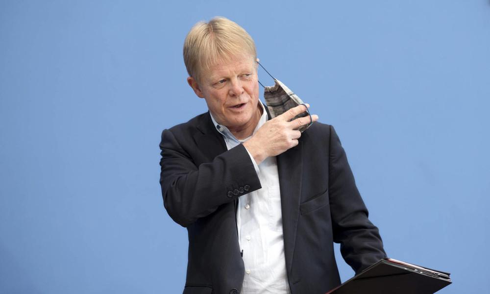 """DGB-Chef Hoffmann: """"Viel zu viele Menschen sind ärmer geworden"""""""