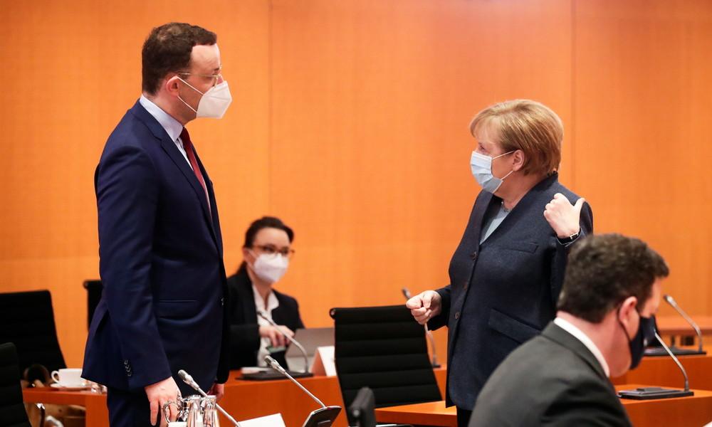 Merkel überholt: Jens Spahn laut Umfrage beliebtester Politiker Deutschlands
