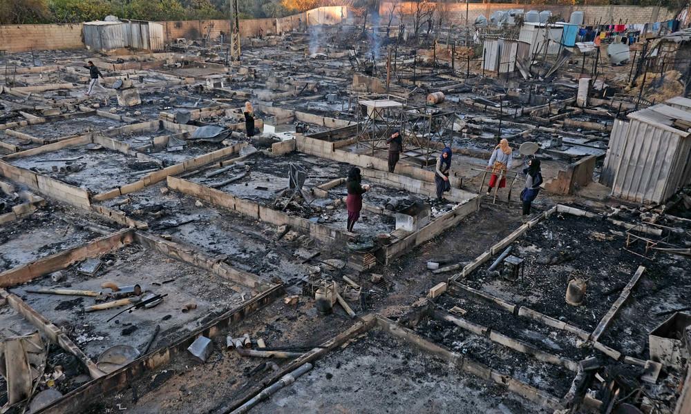 Libanon: Ausgebranntes Flüchtlingscamp nach Konflikt mit Anwohnern