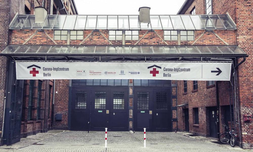 Berlins Impfzentrum in Treptow schließt vorübergehend: Zu wenige impfwillige Ärzte und Pflegekräfte