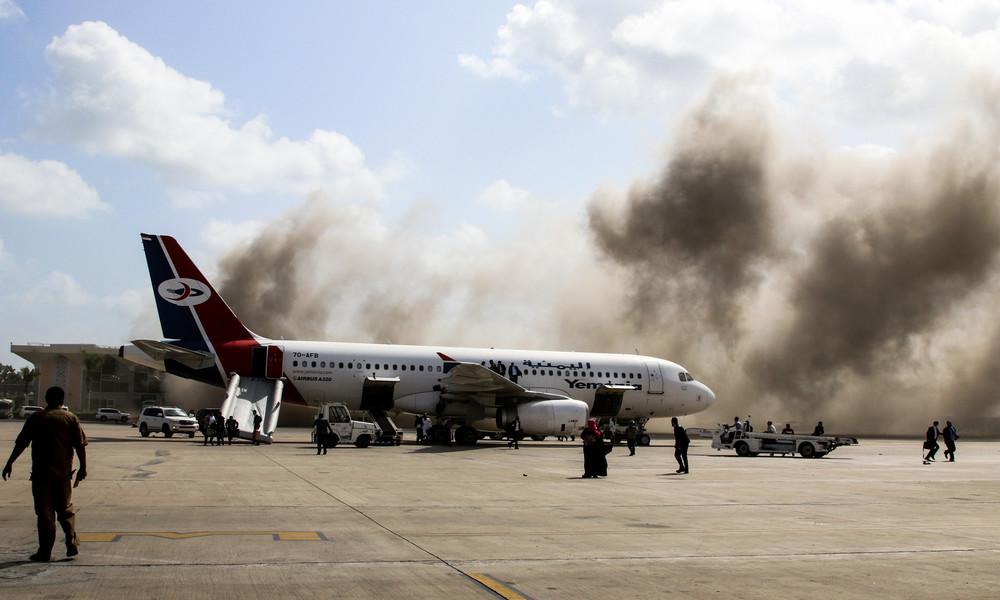 Explosion im Flughafen Aden – nachdem Passagiermaschine mit Mitgliedern der neuen Regierung landet