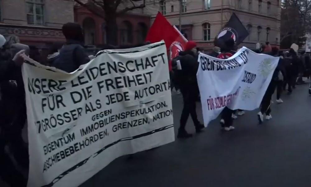 LIVE: Demonstration in Berlin gegen Kritiker der Corona-Maßnahmen