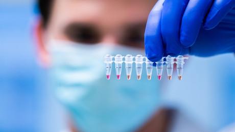 """Keine """"zweite Welle""""? – Ex-Topwissenschaftler von Pfizer spricht von """"Pseudo-Pandemie"""""""