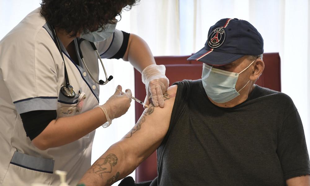 """""""Staatsskandal"""" und """"Fiasko"""": Ärger über Impfstart in Frankreich"""