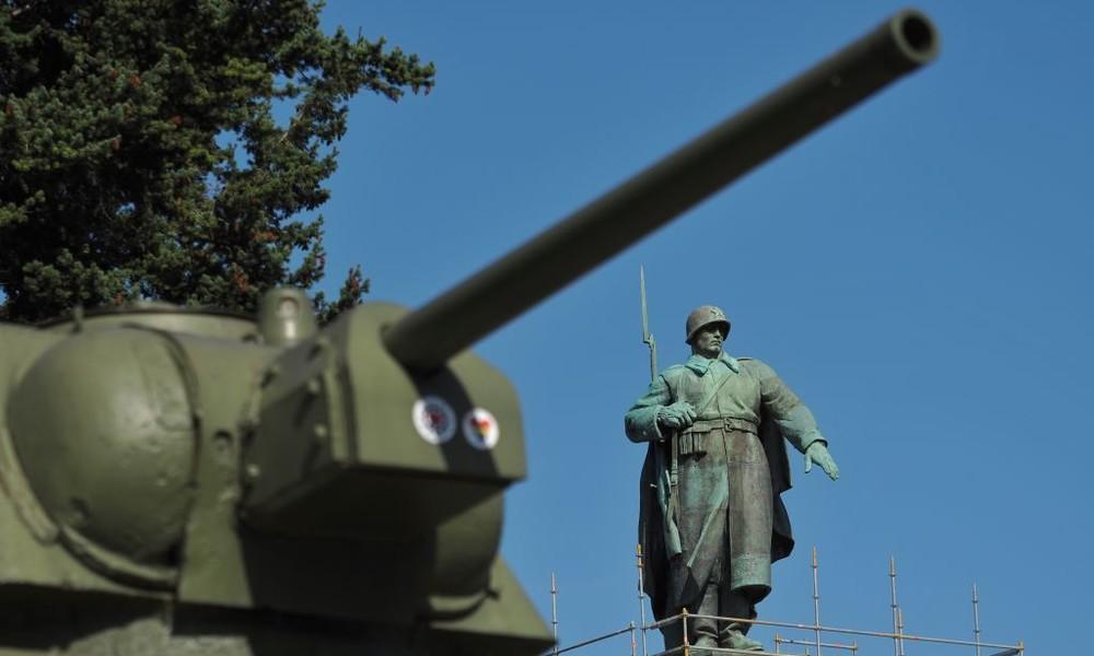 Spendenaktion ehemaliger deutscher Fallschirmjäger: Über 100.000 Euro für russische Veteranen