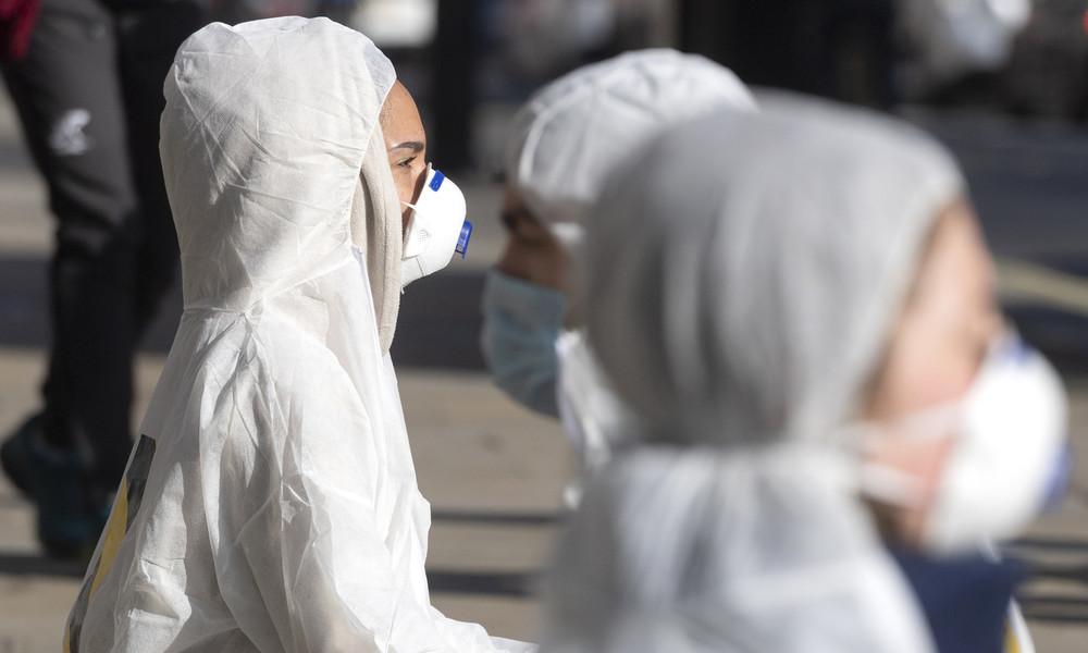 """Corona-Mutation: Britische Wissenschaftler befürchten """"sehr, sehr schlimme Welle"""""""