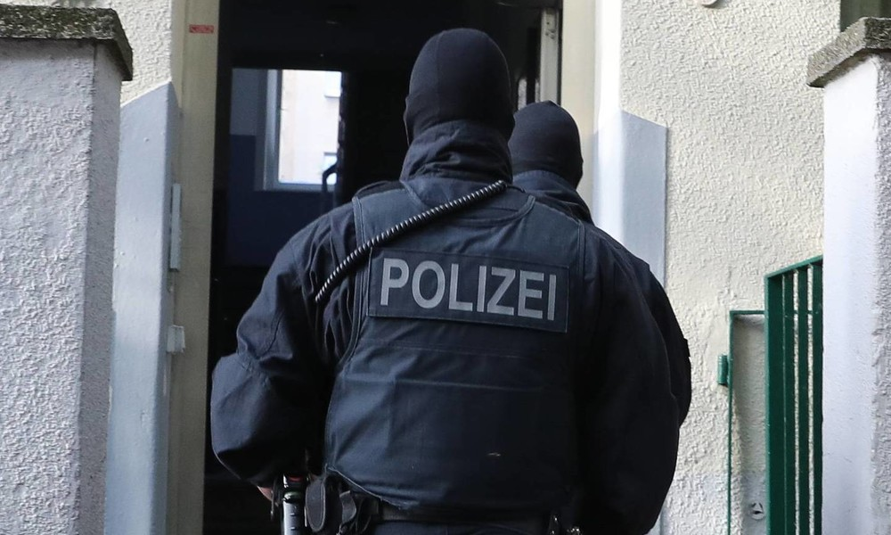Schlag gegen islamistische Terrorfinanzierer – Razzien und Festnahmen in mehreren Bundesländern