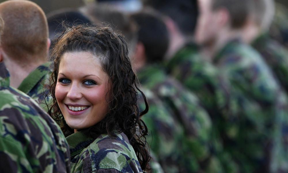 """Corona macht mobil: Britische Armee erfreut über """"bemerkenswerten"""" Zulauf"""