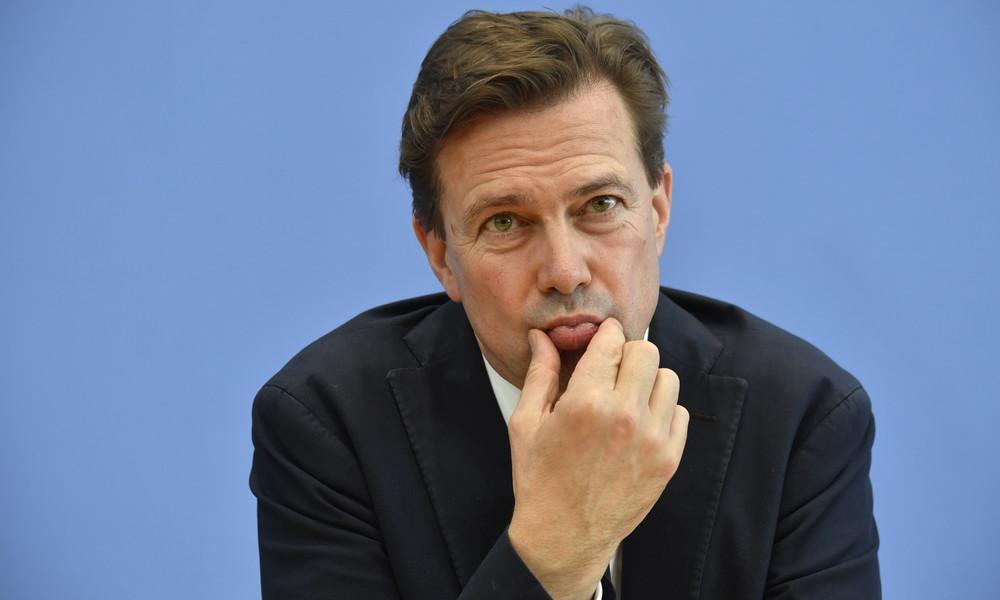 """Merkel-Sprecher Seibert nennt Twitter-Sperrung von Trump """"problematisch"""""""