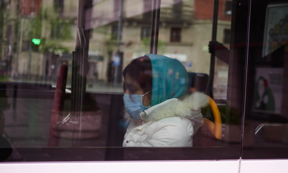 Verschärfte Corona-Maßnahmen: Fahrgäste auf Mallorca sollen in Zügen und Bussen schweigen