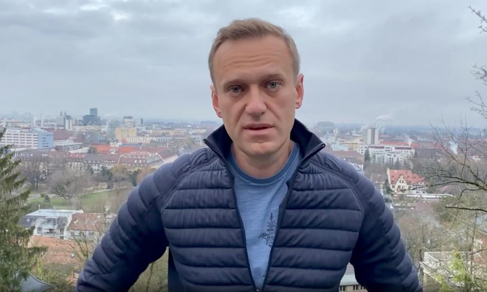 Russischer Strafvollzug setzt Nawalny auf Fahndungsliste – Festnahme nach Ankunft in Moskau geplant