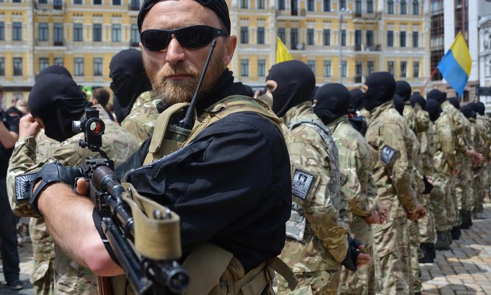 Time: Ukrainische Asow-Bewegung ist zur kampffähigsten rechtsextremen Miliz weltweit aufgestiegen