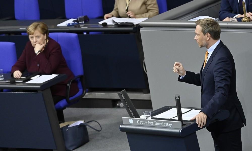 """""""Unangemessen gegenüber Volk und Volksvertretern"""" – FDP will Sondersitzung zu Corona-Beratungen"""