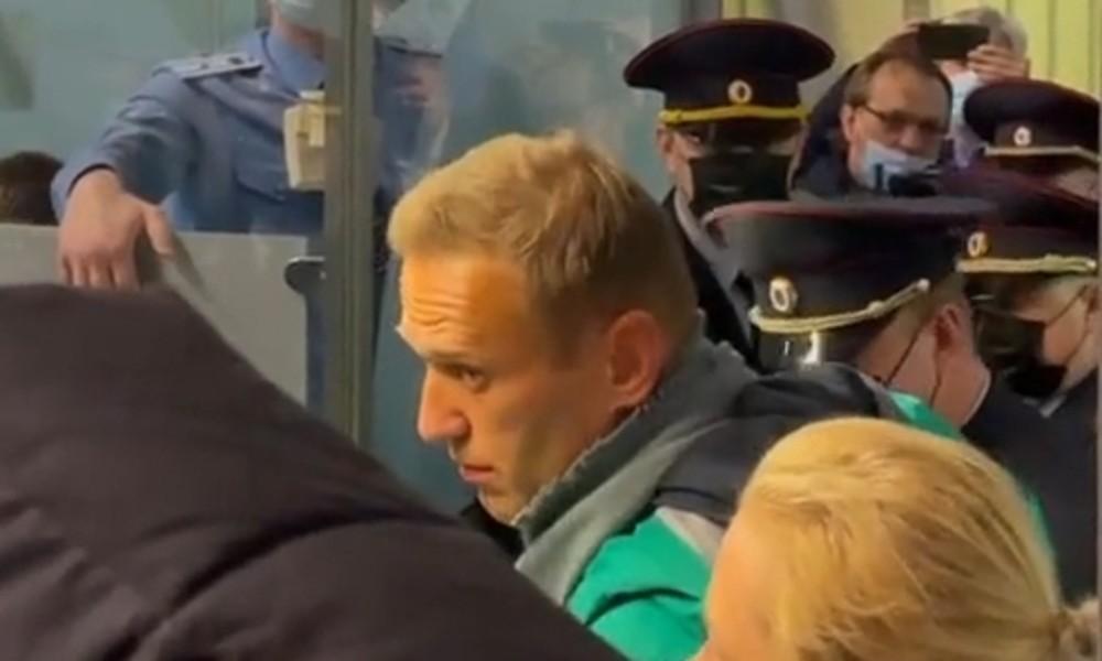 Alexei Nawalny nach Rückkehr aus Berlin in Moskau festgenommen