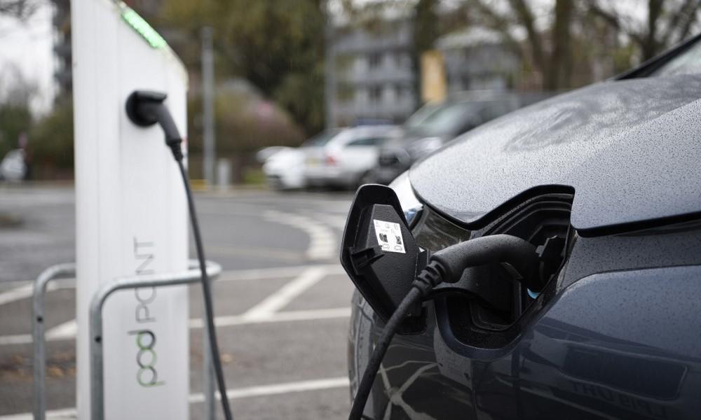 Medienbericht: Wirtschaftsministerium plant erzwungene Ladepausen für Elektroautos