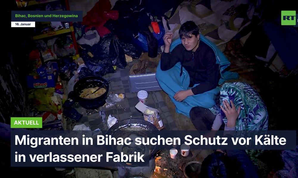 Migranten suchen in Fabrikruine in Bihać Schutz vor Kälte