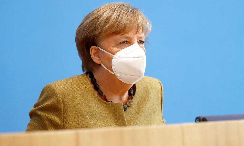 Merkel verteidigt harten Lockdown-Kurs und deutet Unterstützung für Sputnik V an