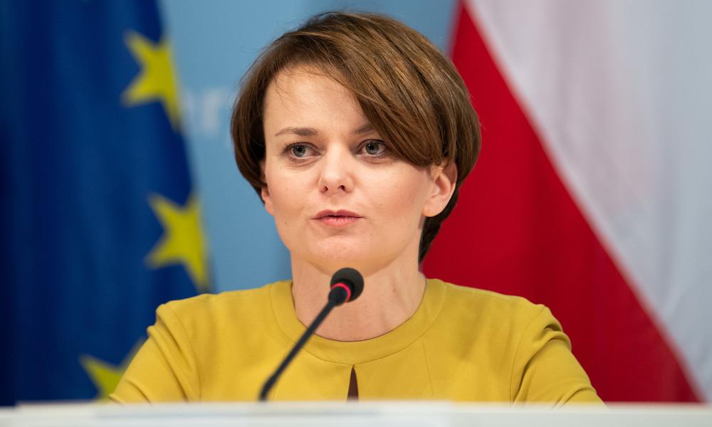 Polens Ex-Vizeregierungschefin entschuldigt sich für Skiurlaub während Lockdown