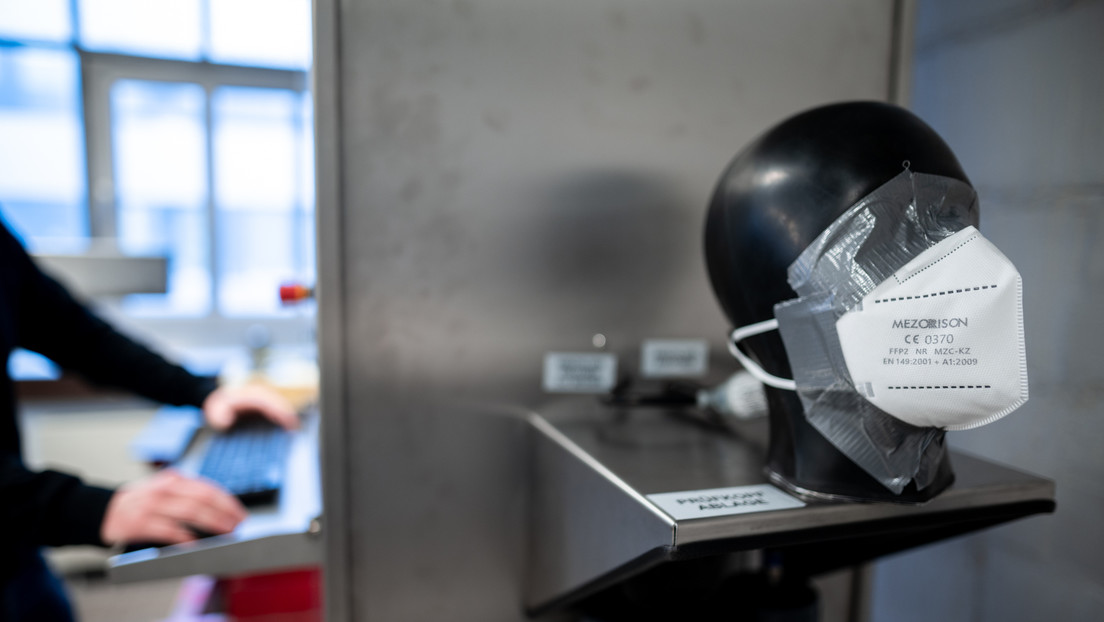 Gesundheitsexperten kritisieren FFP2-Maskenpflicht im öffentlichen Verkehr und Einzelhandel
