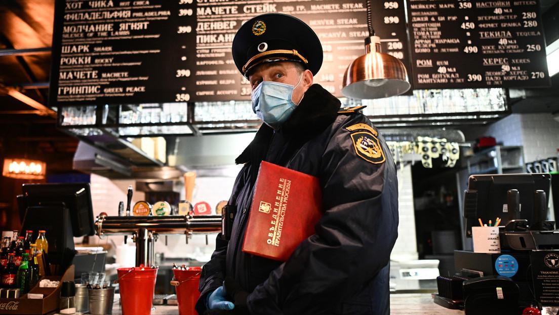 Weitere Lockerung der Corona-Beschränkungen: Moskauer Restaurants und Bars nachts wieder geöffnet