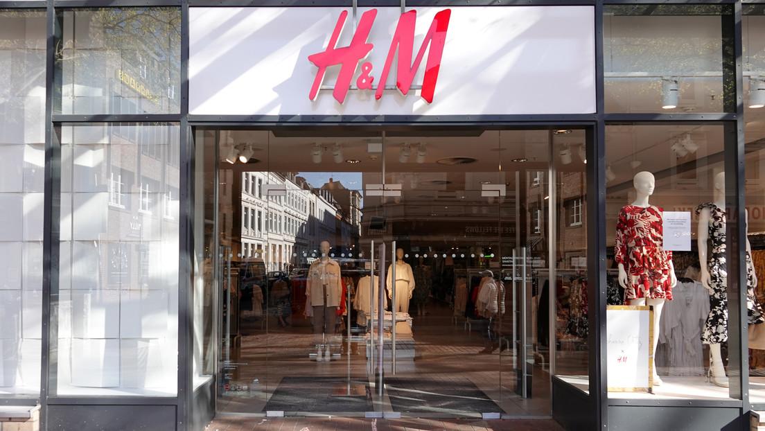 Kritik an Entlassungsplänen von H&M in Deutschland – besonders Mütter in Elternzeit betroffen