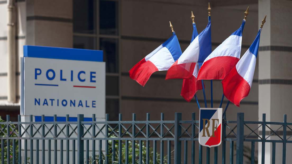 Frankreich: Polizisten feiern illegale Party trotz Corona-Regeln