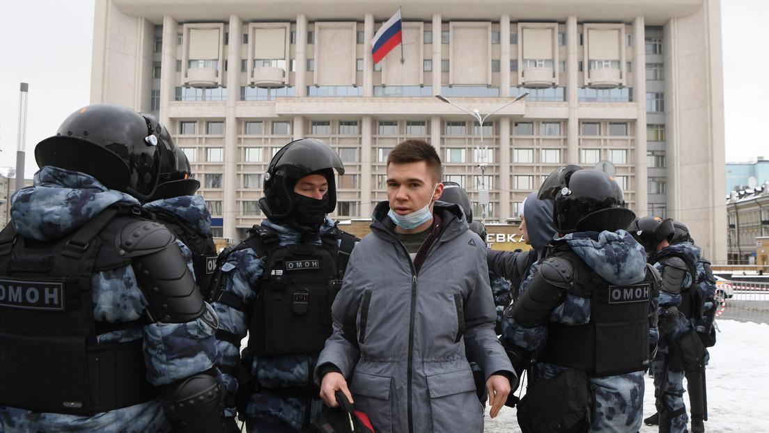 Live von Nawalny-Protesten in Moskau und Sankt Petersburg