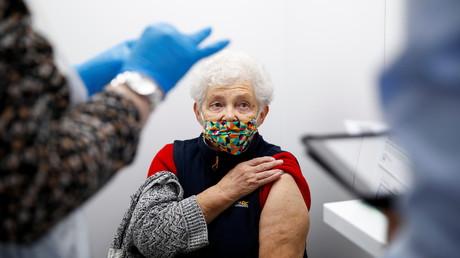 Norwegischer Chefarzt: Todesfälle nach               Corona-Impfungen können nicht ausgeschlossen werden
