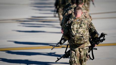 USA: IS-inspirierter Soldat wegen angeblicher Verschwörung zur Tötung von US-Soldaten verhaftet