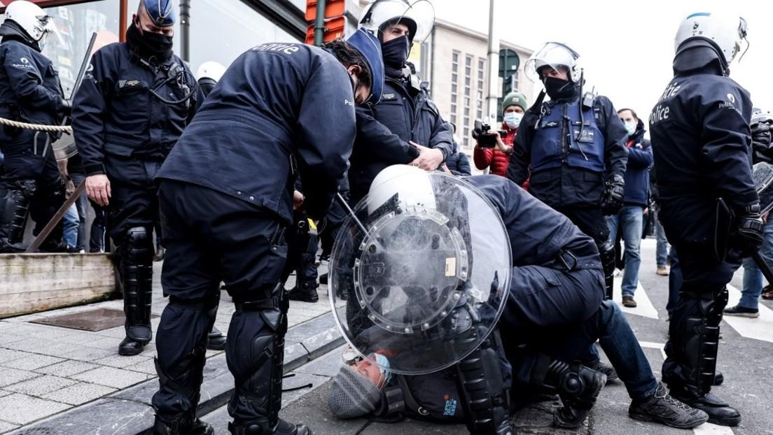 300 Festnahmen bei nicht genehmigter Kundgebung gegen Anti-Corona-Maßnahmen in Brüssel