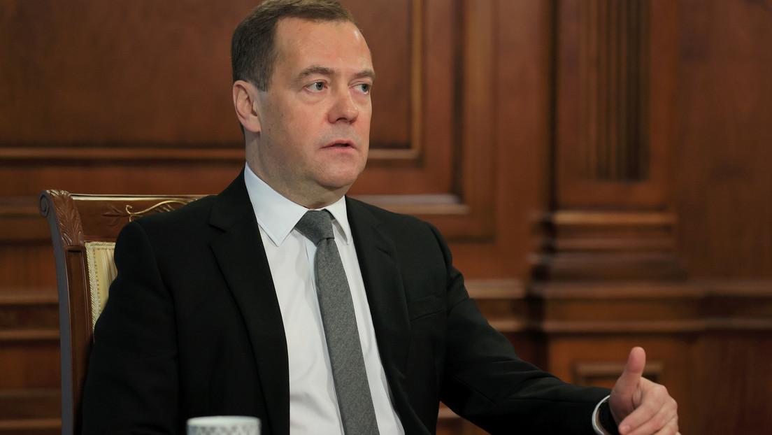 """Ex-Premierminister: Russland könnte sich vom """"US-gesteuerten"""" globalen Internet trennen"""