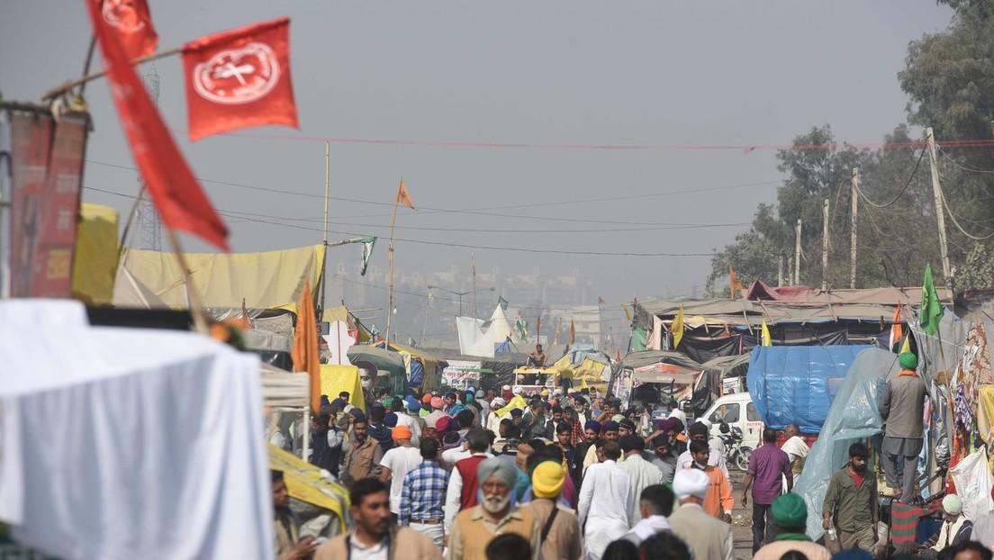 Indien: Hälfte der Bevölkerung Delhis hatte bereits COVID-19