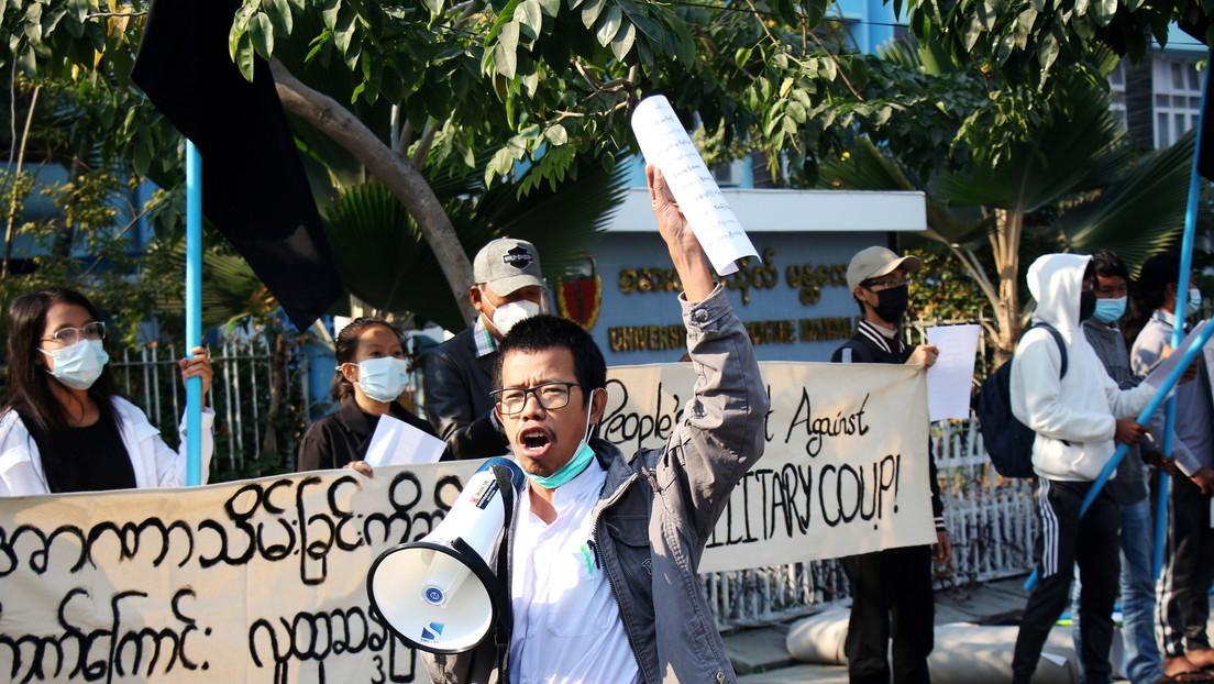 Putsch in Myanmar: Militär blockiert Facebook wegen zunehmender Proteste