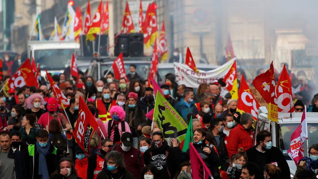 LIVE aus Paris: Landesweiter Streik gegen die Wirtschaftspolitik der Macron-Regierung