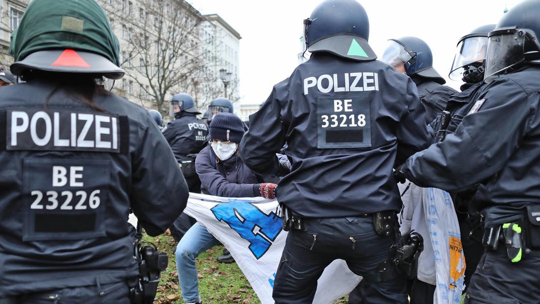 Wegen Bedrohung von Polizistin: Nürnberger Aktivist zu über einem Jahr Gefängnis verurteilt