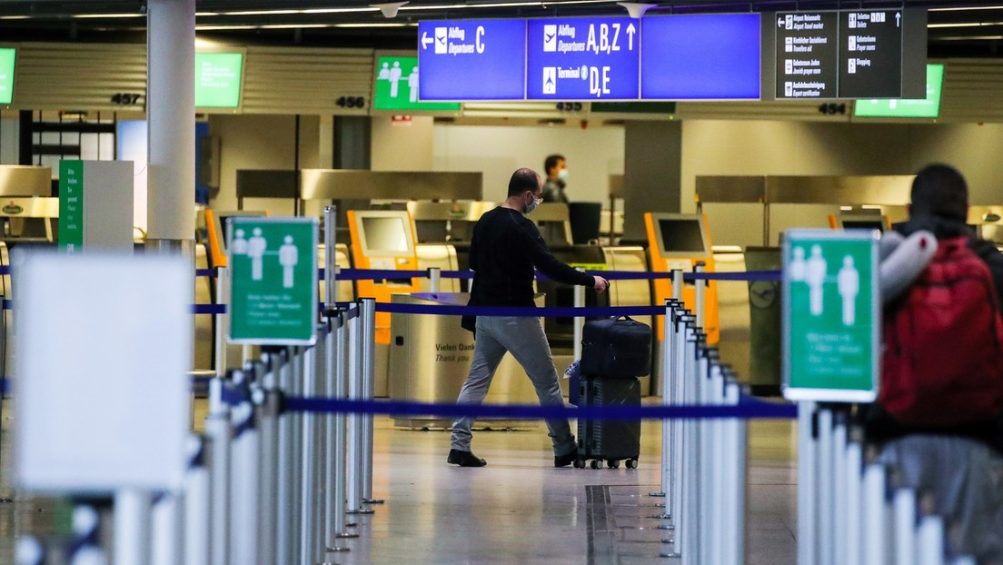 Luftverkehr ankurbeln: Reiserechtler für Testpflicht für alle Passagiere oder Impfnachweis