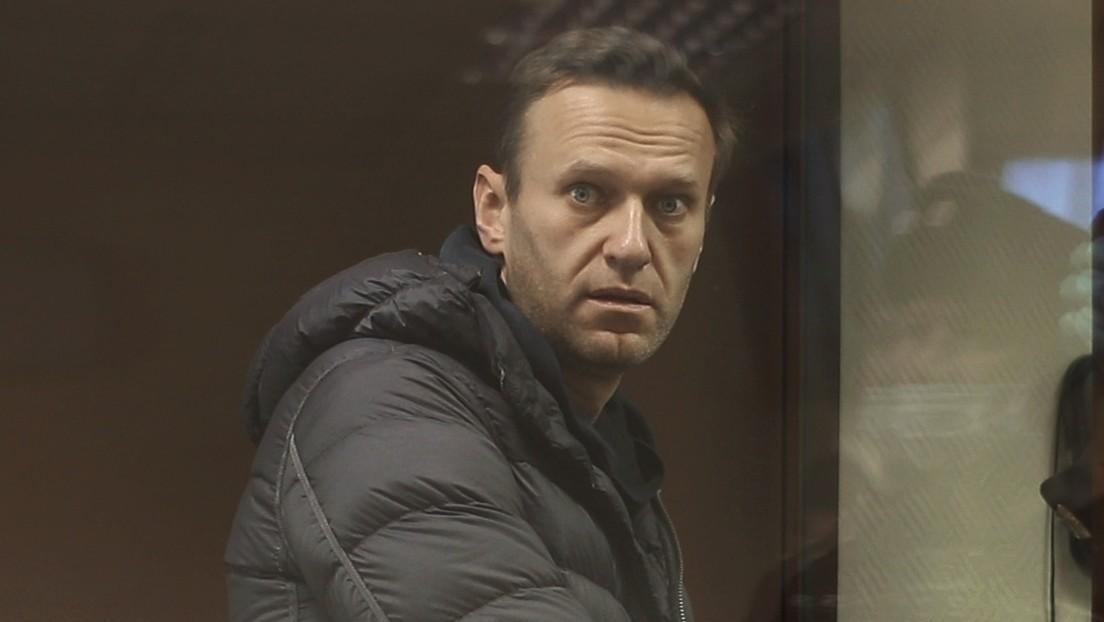 """""""Lakaien"""", """"Puppe"""", """"Prostituierter"""": Nawalnys verbale Attacken vor Gericht schockieren viele Russen"""
